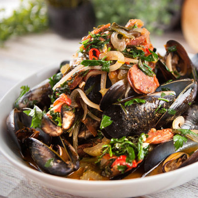 Spicy Mussels with Chorizo and Beer Recipe